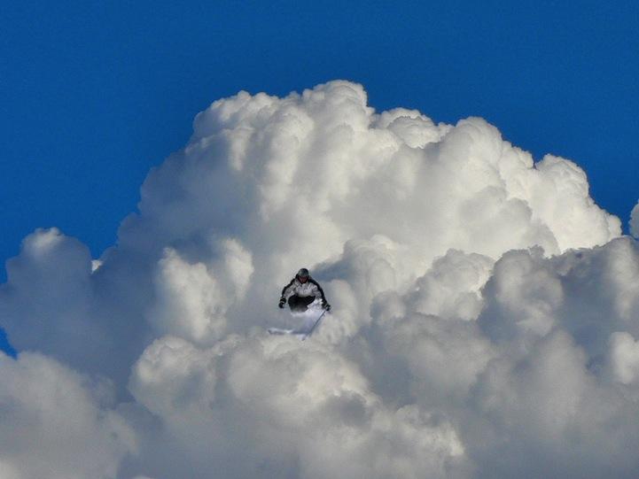 Облака в необычном качестве Elio Pallard