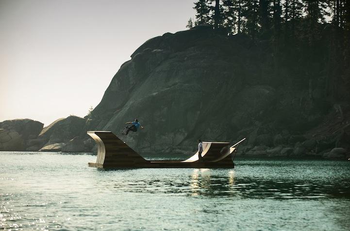 Креативная рампа на озере Тахо