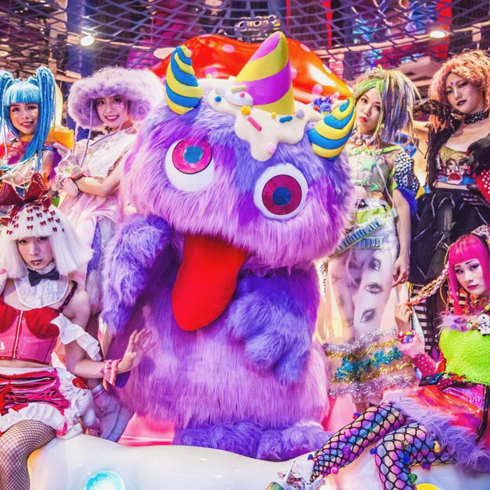 Kawaii Monster Cafe: безумный ресторан в Токио