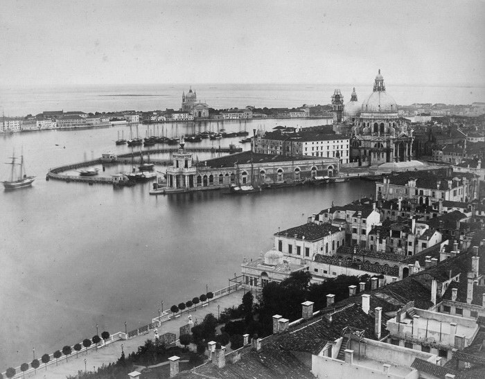 Венеция 150 лет назад: фотографии Carlo Naya и Carlo Ponti