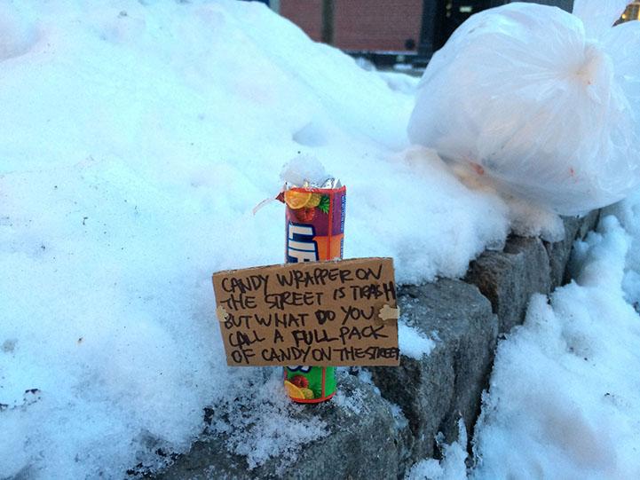 Трогательные надписи на потерянных и выкинутых вещах в фотографиях Yoonjin Lee