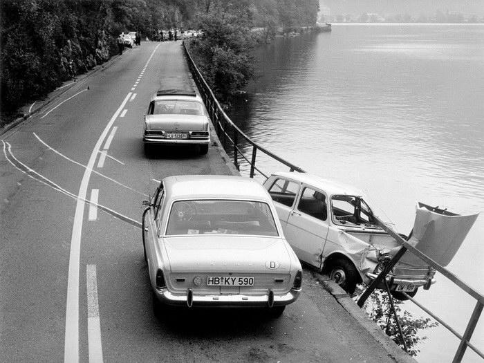 Романтика автомобильных аварий: фотографии Arnold Odermatt