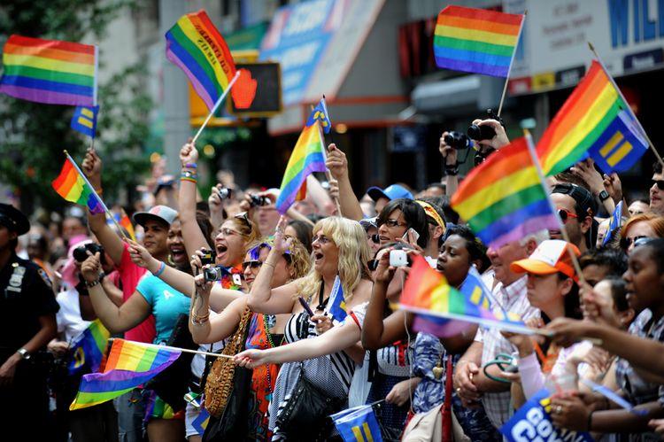 Срок приема поправок к законопроекту о запрете гей-пропаганды заканчивается