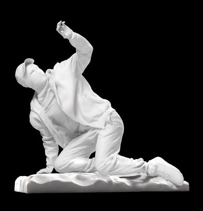 3D-скульптуры Jam Sutton, совмещающие античность и современность