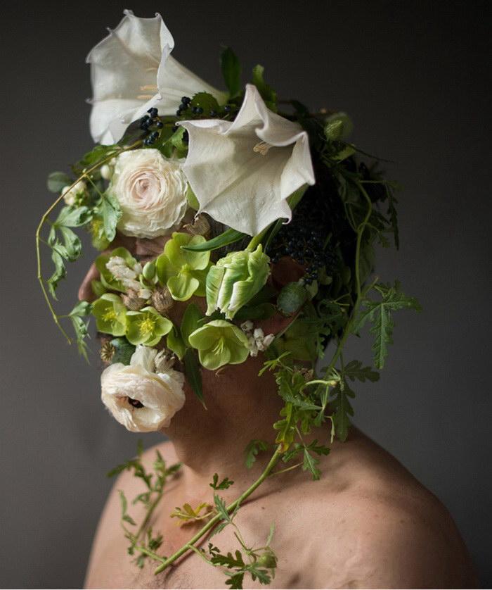 Цветочные лица в фотографиях Kristen Hatgi