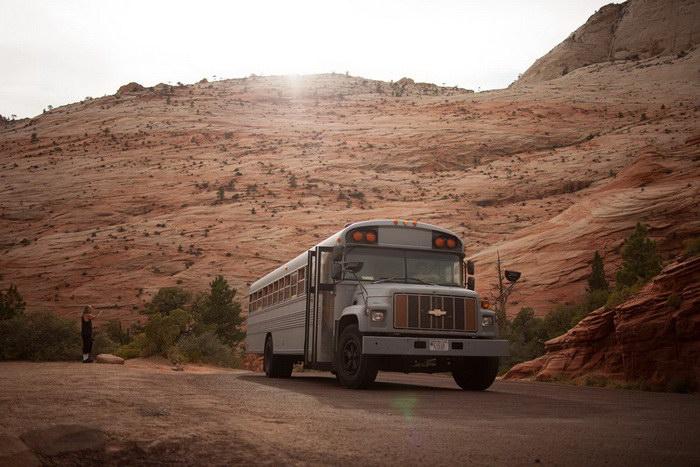 Школьный автобус в качестве дома