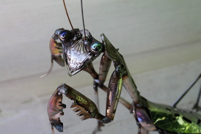 Металлические скульптуры John Brown