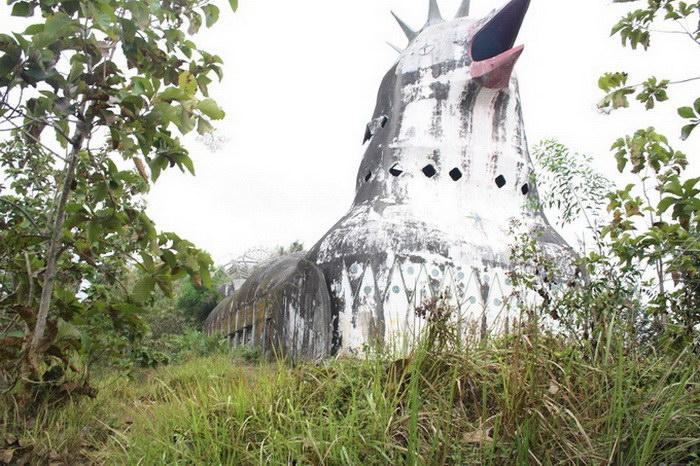 Индонезийская церковь в форме цыпленка: самое странное сооружение в мире