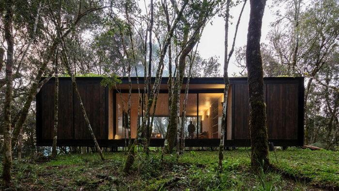 Домик в тропических лесах Бразилии