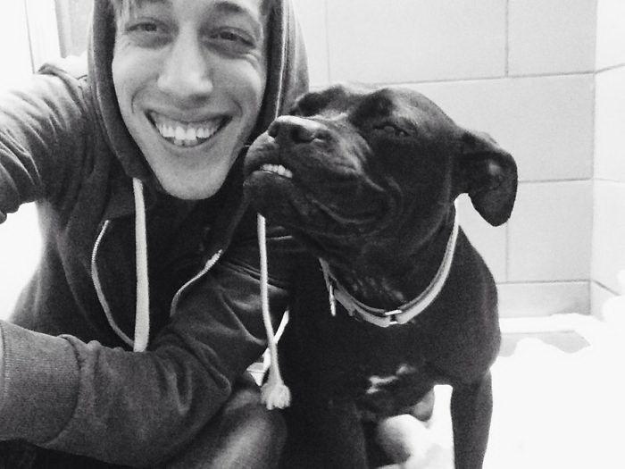 20 по-настоящему счастливых собак