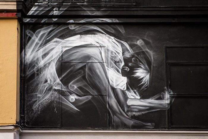 Призрачные граффити на стенах домов Li-Hill