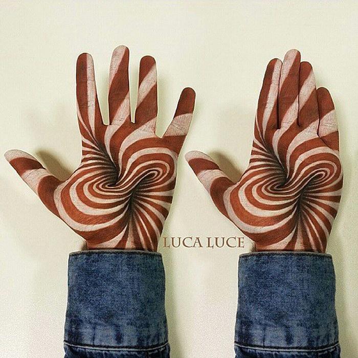 3D-рисунки на ладони Luca Luce