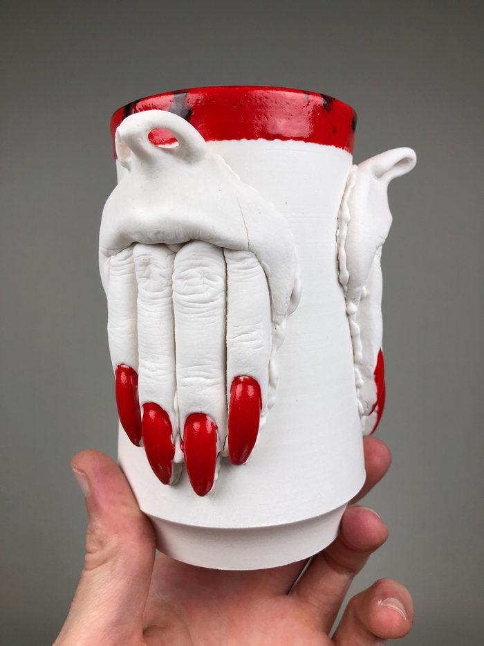 Странная керамика Curran Wedner