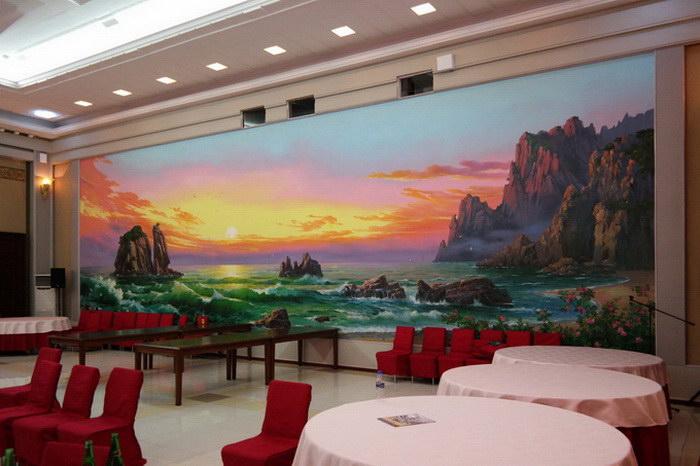 Интерьеры Северной Кореи в фотографиях Oliver Wainwright