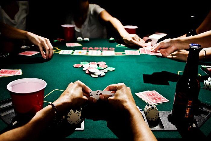 как играть в покер для начинающих