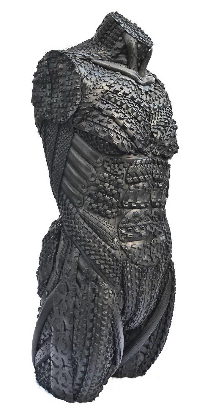 Скульптуры из резиновых шин Blake McFarland