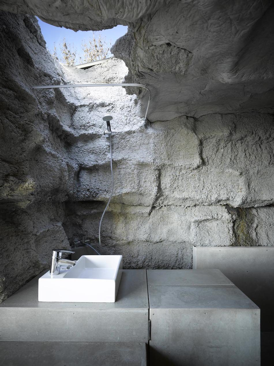 Пещера для любителей моря Ensamble Studio