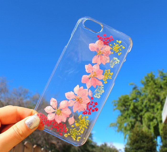 Чехлы для смартфонов с живыми цветами