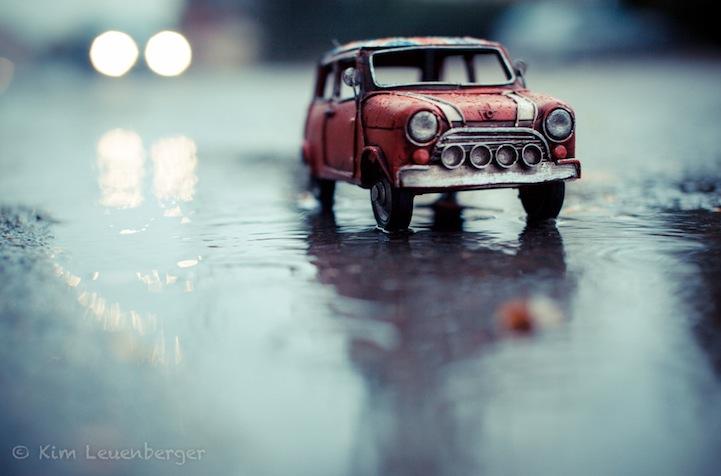 Маленькие машинки в фотографиях Kim Leuenberger