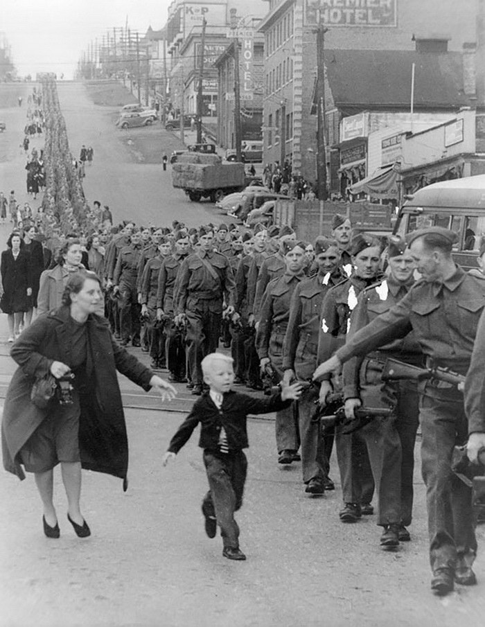 Исторические фото детей, показывающие, что малыши совсем не изменились