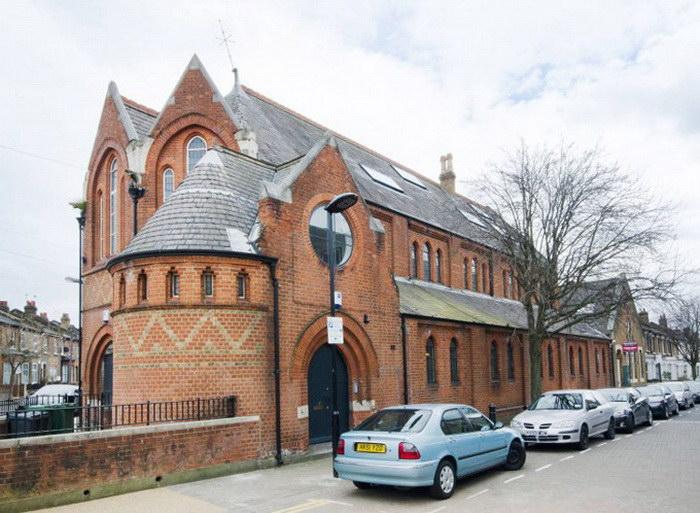 Церковь, которая превратилась в жилой особняк