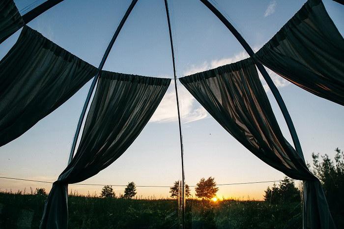 Беседка для летнего времяпрепровождения на природе