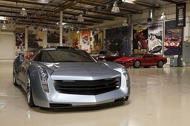 Что стоит в гараже Джея Лино