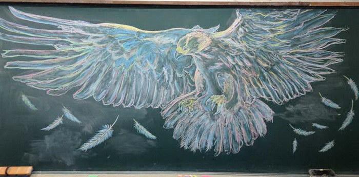 Рисунки японских студентов на меловых досках