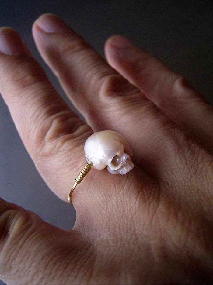 Жемчужные черепа Shinji Nakaba