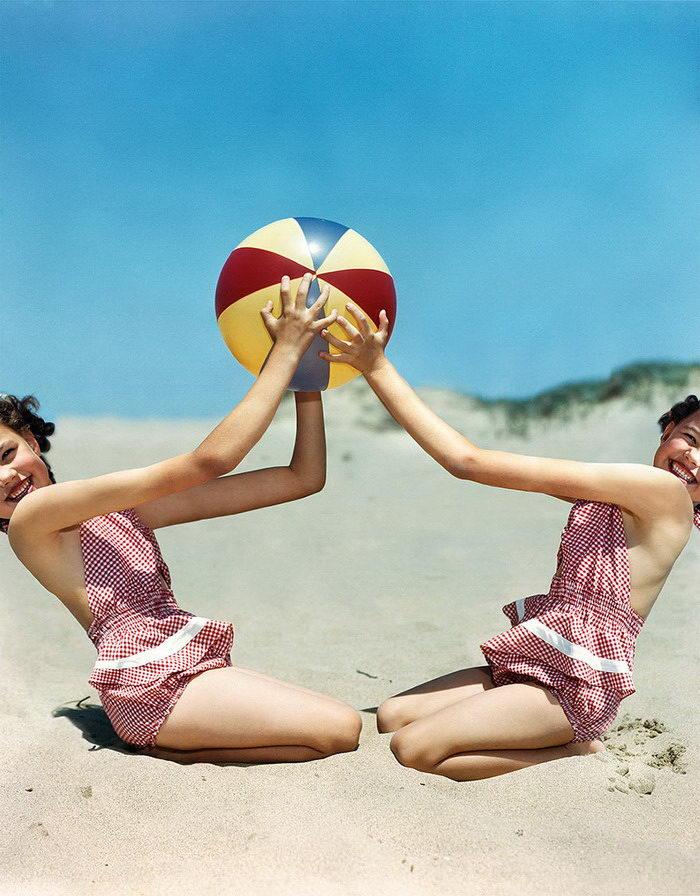 Измененные ретро-фотографии середины века: работы Weronika G?sicka