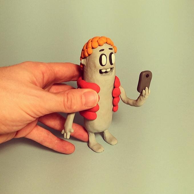 Селфи персонажей в проекте Character Selfies