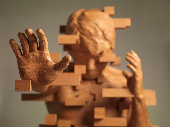 Пикселизованные деревянные скульптуры Hsu Tung Han