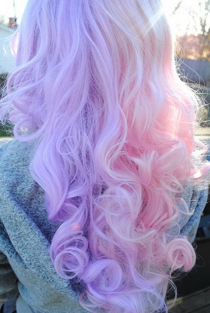 Радужные волосы: модный тренд последних дней