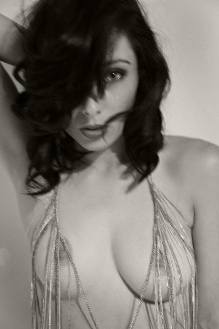 Красота женщины в объективе Renee Jacobs