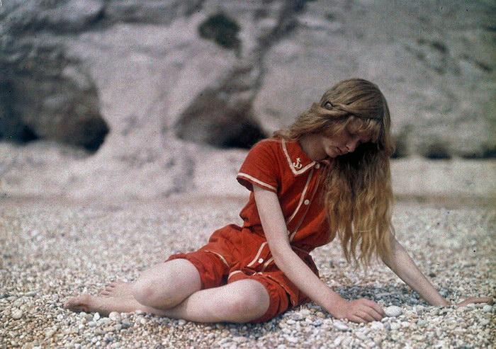 Цветная фотосессия британской девушки, сделанная в 1913 году