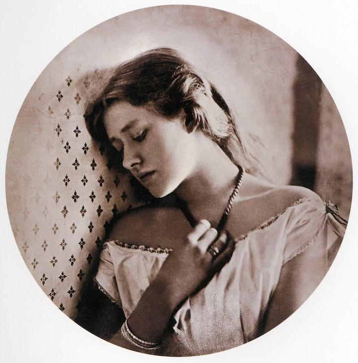 Профессиональный фотограф 1860-х годов