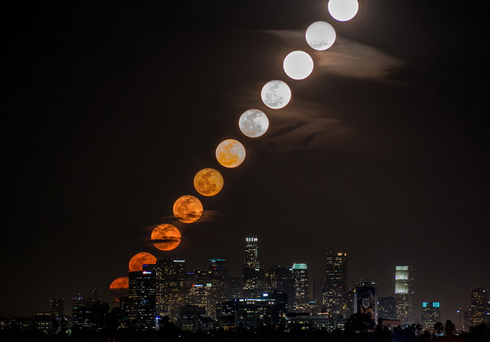 Луна над Лос-Анджелесом: красивейшее видео