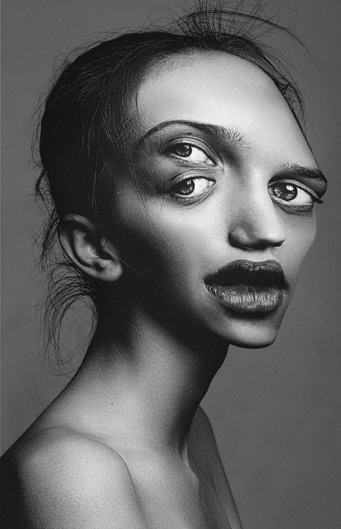 Деконструкция лица: манипуляции Flora Borsi