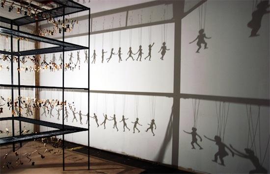 Танцующие тени от Bohyun Yoon