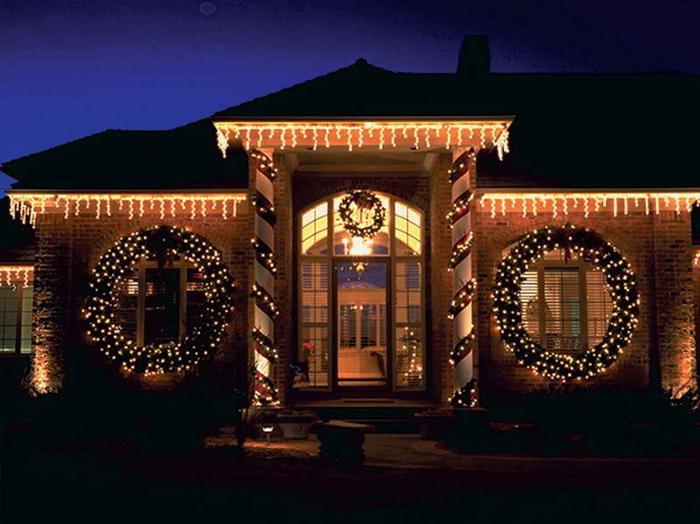 Рождественские фасады домов в США