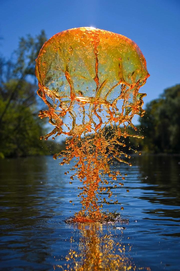 Яркие брызги воды в фотографиях Jack Long
