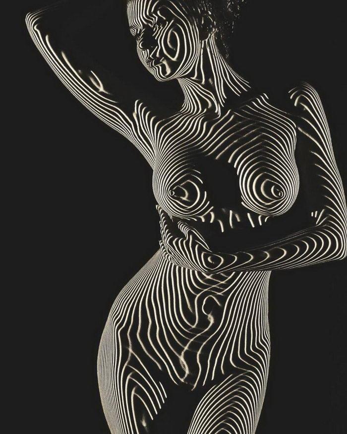 Женское тело и свет: фотографии Dani Olivier