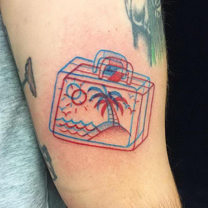 Красно-синие 3D-татуировки Winston the Whale