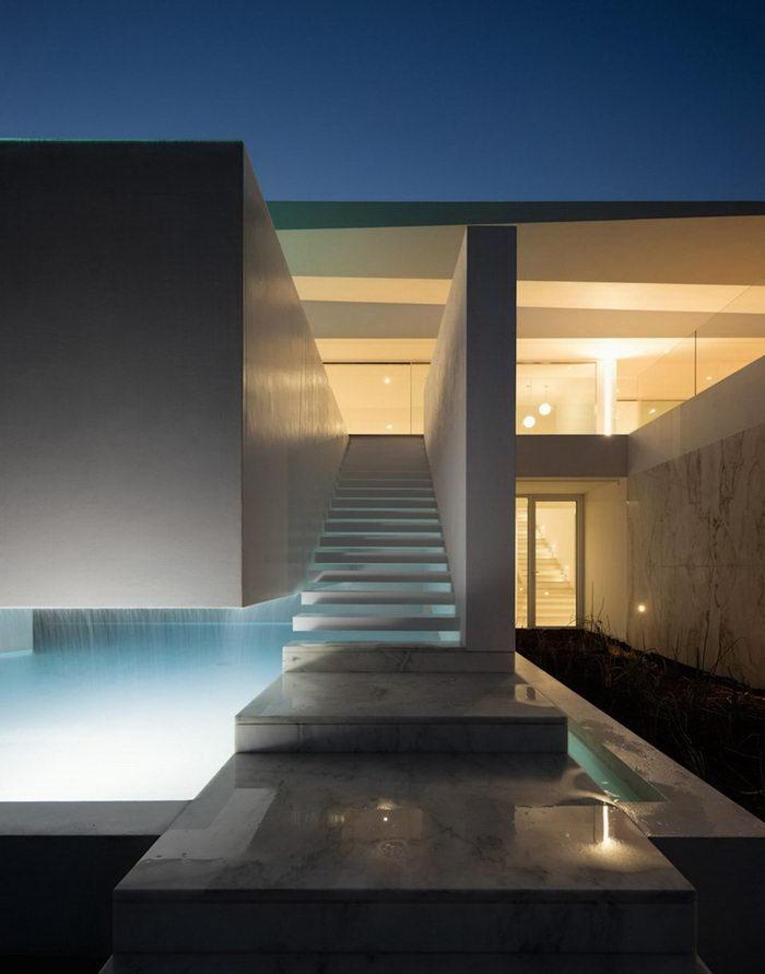 Casa Carrara: дом на побережье в Португалии