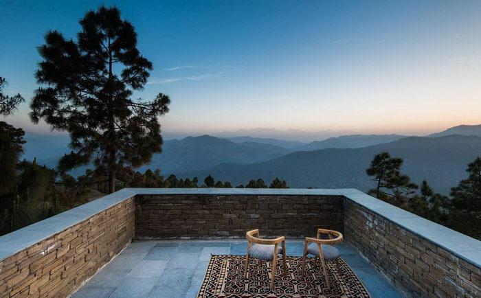 Отель Kumaon в Гималаях